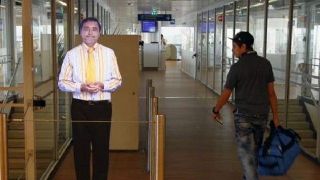 Hologram na lotnisku