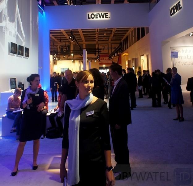 Hostessy IFA 2011 - Loewe