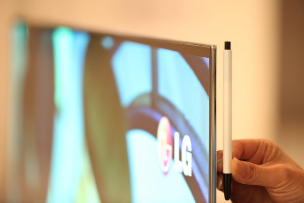 LG OLED cienki