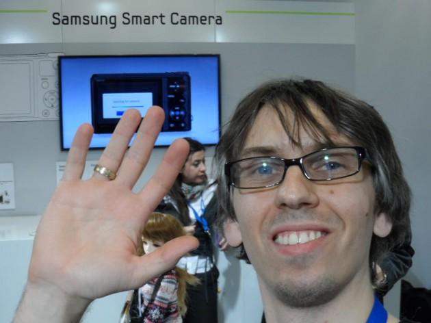 Samsung WB150F - zdjęcie wysłane na Facebook bez komputera