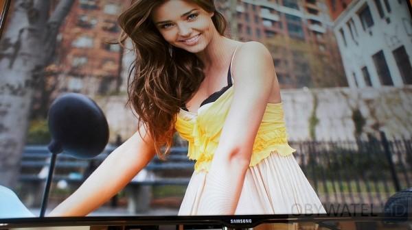 Samsung ES7000 Multimedia z USB fotki