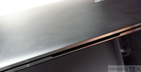 Samsung ATIV Book 9 Plus - otwieranie ekranu