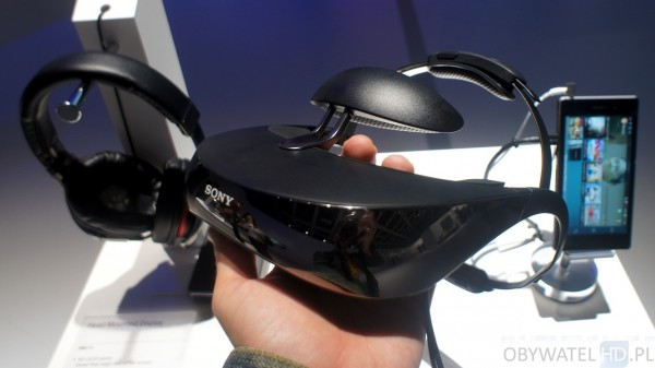 Sony HMZ-T3W 01