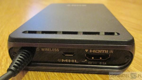 Sony HMZ-T3W 08