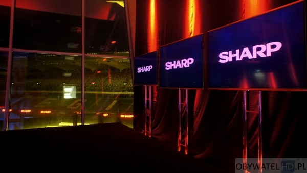 Sharp UQ10