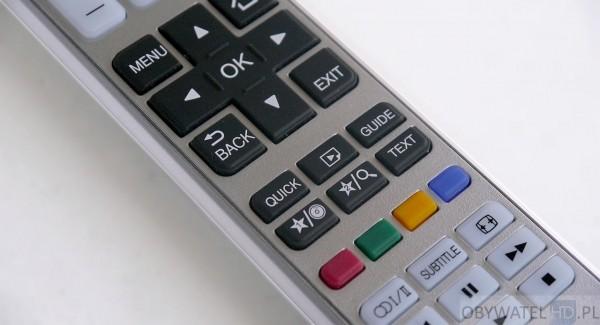 Toshiba L54 - pilot - przycisk multimediów