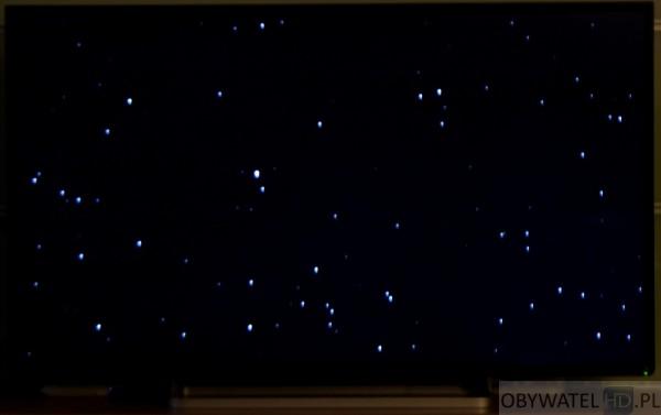 Toshiba L74 - podświetlenie - prawy róg