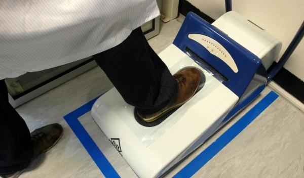 Galanta fabryka Samsunga - laminowanie butów