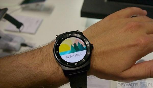IFA 2014 - LG G Watch R