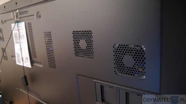 Panasonic AX900 - wiatraki