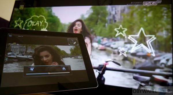 Panasonic AX900 - telewizja na tablecie