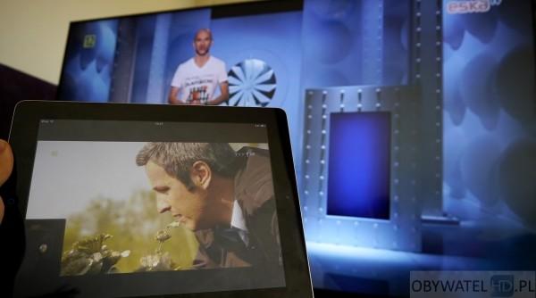 Panasonic AX900 - telewizja na tablecie, dwa programy