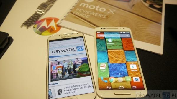 Motorola - Moto X i Samsung Galaxy S4