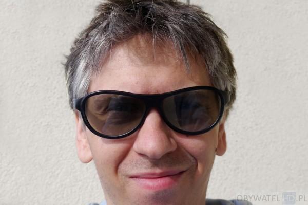 OLED LG EC930V - 3D okulary pasywne
