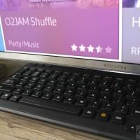 Samsung JS9000 - klawiatura