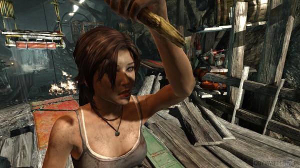 Tomb Raider UHD pochodnia