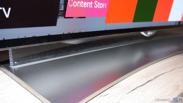 LG EG960V OLED 4K - podstawka brud