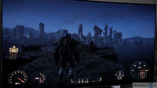 LG EG910V OLED - gry - Fallout 4 noc 1