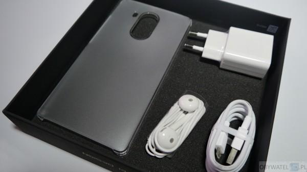 Huawei Mate 8 - zestaw