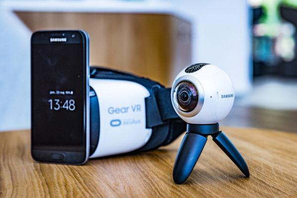 Samsung Gear VR - cały zestaw