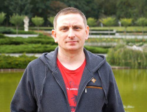 Spadochrony, zwierzęta i ubezpieczenia – Adam Brożko, człowiek, który szanuje życie